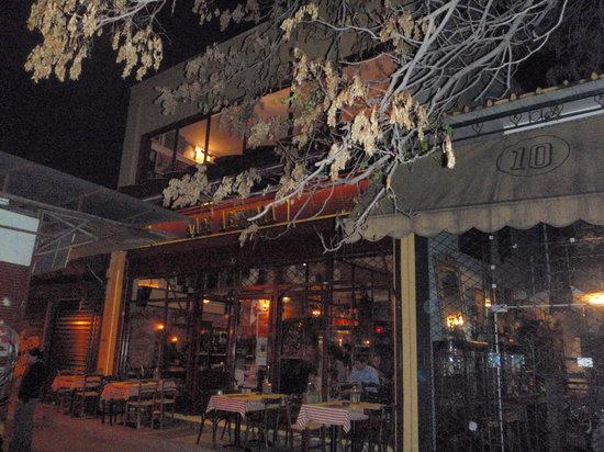 Cafe Avissinia: Street view of entrance