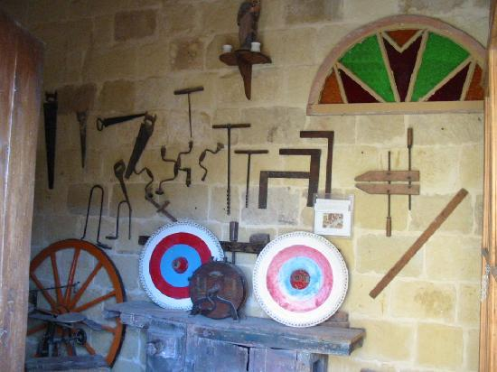 Gharb Folklore Museum: Menuisier charpentier