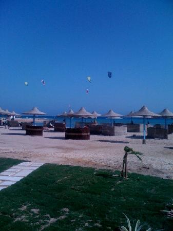 Imperial Shams Resort: Beach