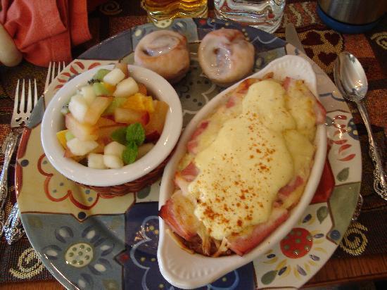 All Seasons River Inn: Breakfast Day 2