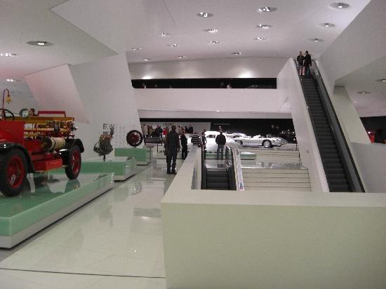 Porsche-Museum: Interior