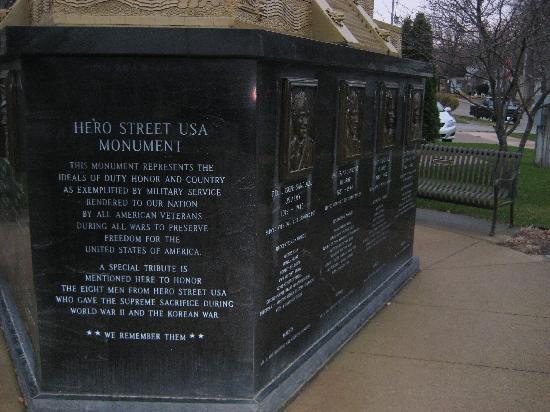 Hero Street Memorial Monument: Memorial