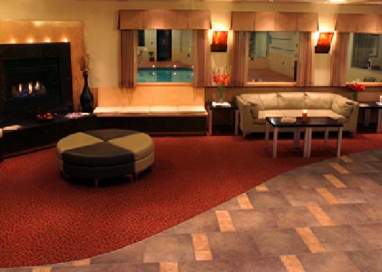 BEST WESTERN Snowcap Lodge: Clean, contemporary décor.  Experience the personal touch.