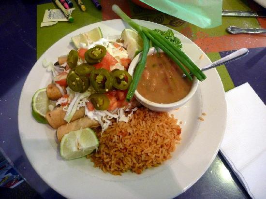 Pepe's Cafe: Taquitos