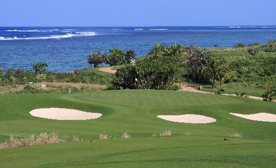 Natadola Bay Championship Golf Course: Natadola Bay - Hole 15