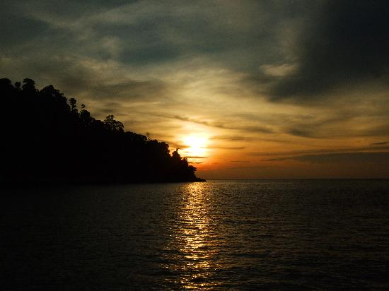 Pangkor Laut Resort: Sunset Emerald Bay