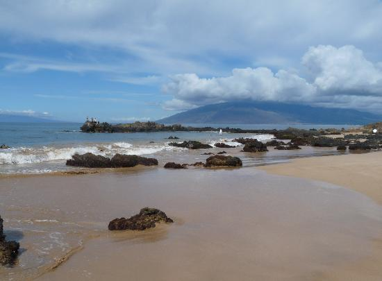 beach across from maui banyon picture of aston at the. Black Bedroom Furniture Sets. Home Design Ideas