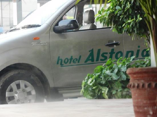 Comfort Inn Alstonia: Personal Transport for the Guests
