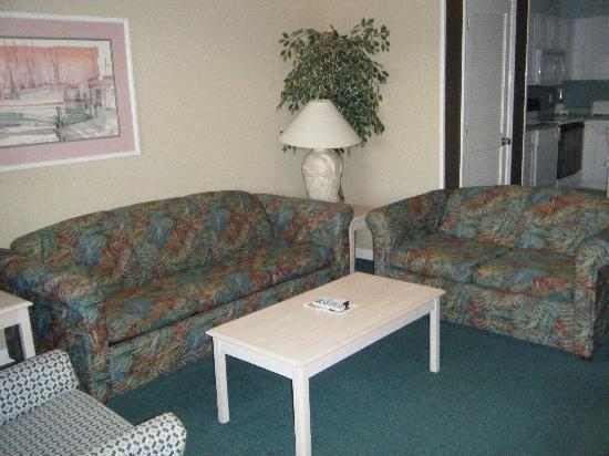 Plantation Resort: Living room