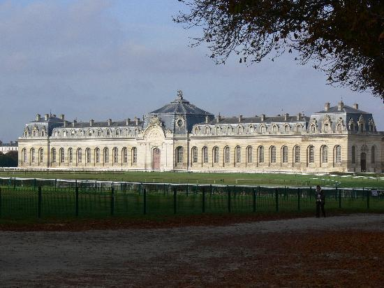 Castello di chantilly bild von chateau de chantilly chantilly tripadvisor - Chateau de chantilly adresse ...