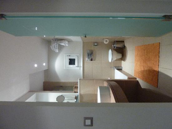 Nissaki Beach Hotel Naxos: bathroom