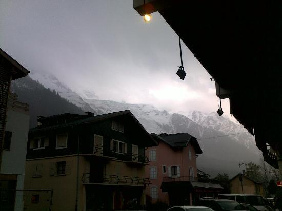 Annapurna Restaurant: view of mont blanc