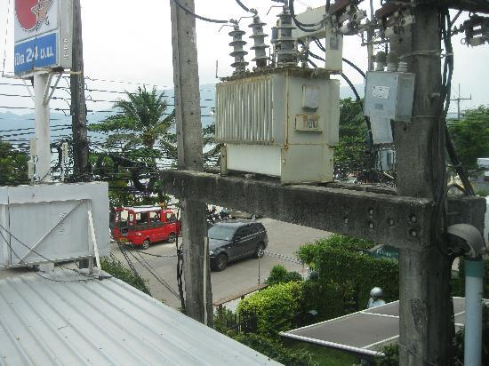 The Ocean Patong Hotel: transistor box right next to our window that made noises all night