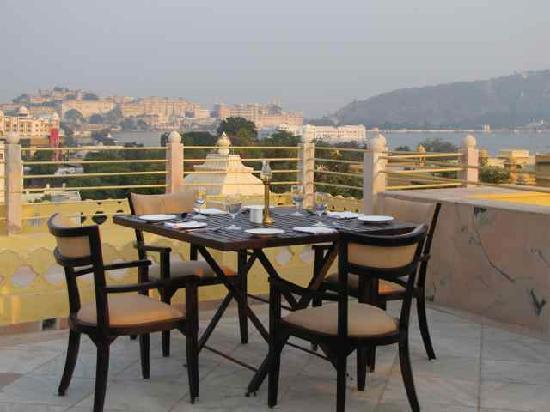 Chunda Palace Hotel: View from the roof terrace