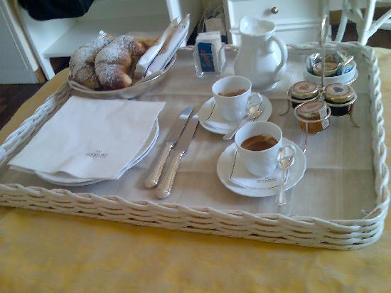Hotel Il Negresco: colazione in camera