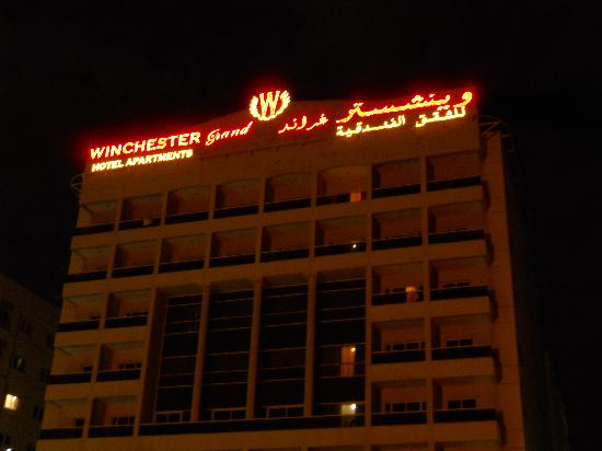 Winchester Grand Hotel Apartments: facciata