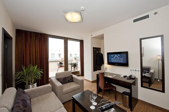 Hotel Regnum Residence: Livingroom