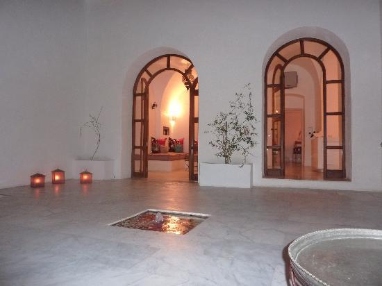 Dar Sabri : De gezellige binnenplaats