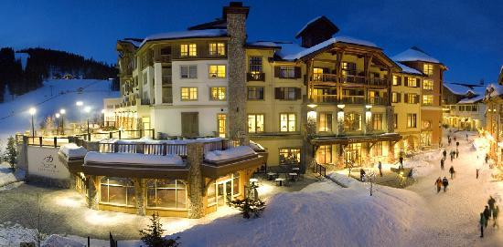 Sun Peaks, Kanada: Centring the Village