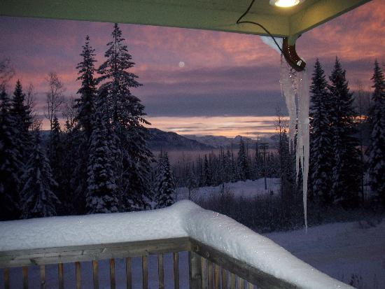 Vagabond Lodge: Sunrise