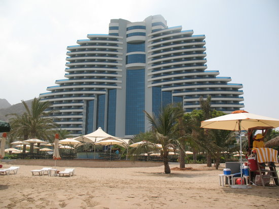 Photo of Le Meridien Al Aqah Beach Resort Fujairah