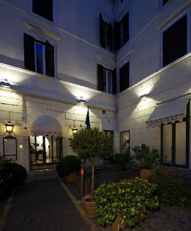 Hotel De Petris Rome Reviews