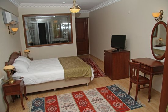 Basileus Hotel: standart double or single room