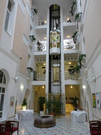 Danubius Health Spa Resort Hvezda and Imperial: Hotelinnenbereich