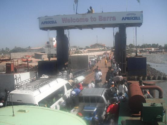 Arch Tours: Ferry