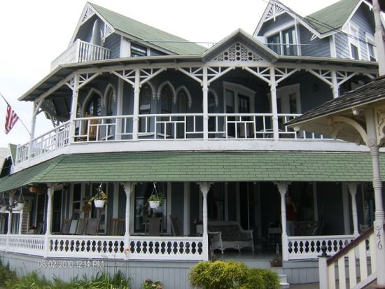 Attleboro House: Oldest guest house in Oak Bluffs