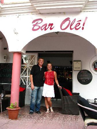Bar Olé: Richard y Anette nos dan la Bienvenida