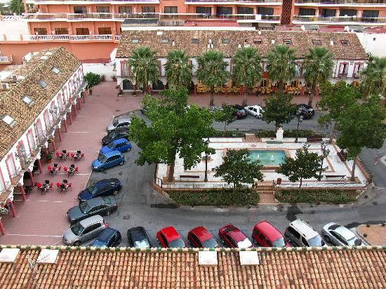 Maravillosa Vista de la Plaza y el Bar Olé