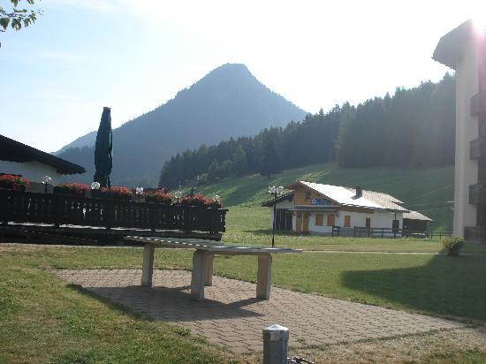 Bünda: Hotel Bunda surroundings.