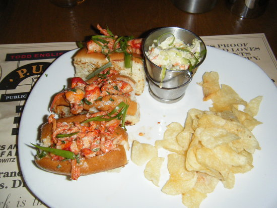 Todd English P.U.B.: Lobster Rolls - amazing