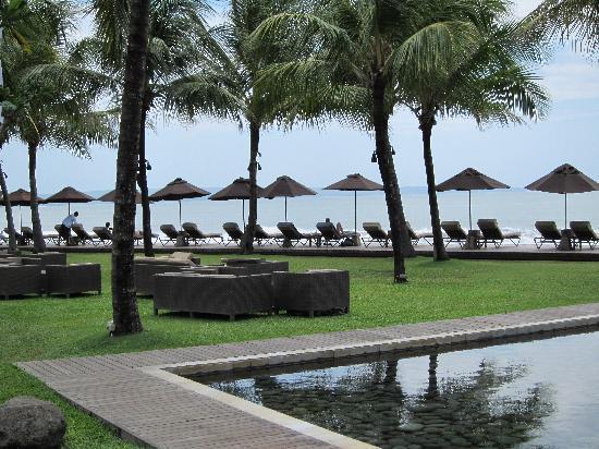 Breeze at The Samaya Seminyak: Bali Paradise!