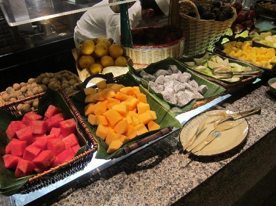 StraitsKitchen: Tropical fruits