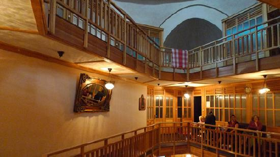 Cemberlitas Hamami : view from the 2nd floor