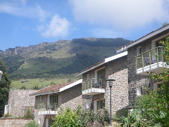 Restaurant Side Pool Picture Of Misty Mountain Resort Pallivasal Tripadvisor