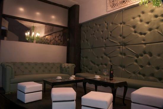 Chez Vous: Absinthe Lounge
