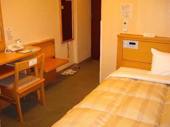 Hotel Route-Inn Aizuwakamatsu: シングルルーム