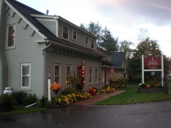 Brass Lantern Inn: The Inn
