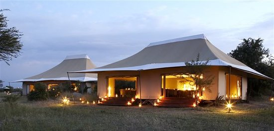 Sayari Camp, Asilia Africa: Dining and lounge tent