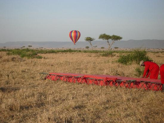Governors' Balloon Safaris: The Arrival