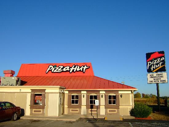 pizza hut the family pizza place Find closest pizza hut store get accurate store information eg address, phone no, map & timings.