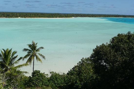 Blick von Hügel auf lagune (unterhalb liegt die Maupiti Residence)