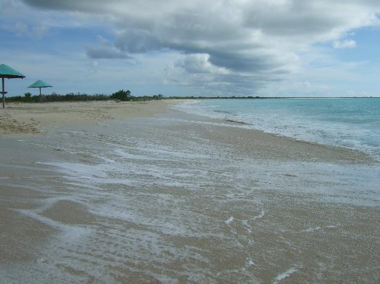 Tranquility Bay Antigua: 17 miles of pure beach in Barbuda