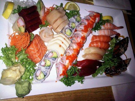 umi sushi new york city midtown restaurant reviews. Black Bedroom Furniture Sets. Home Design Ideas