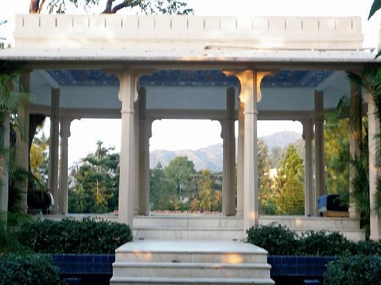 Ananda in the Himalayas: a private yoga pavilion