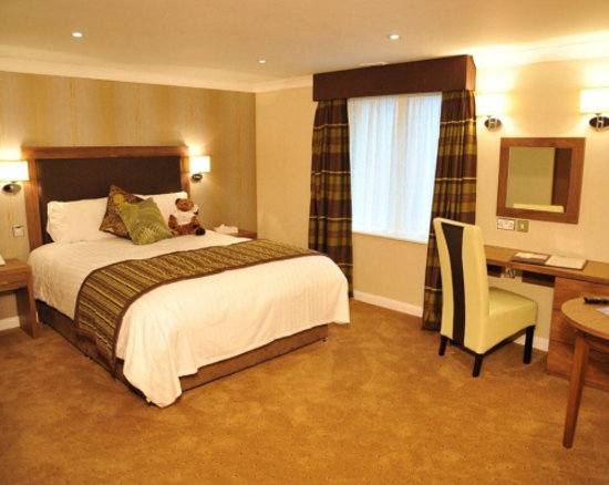 Milford Hall Hotel and Spa: Hotel Bedroom