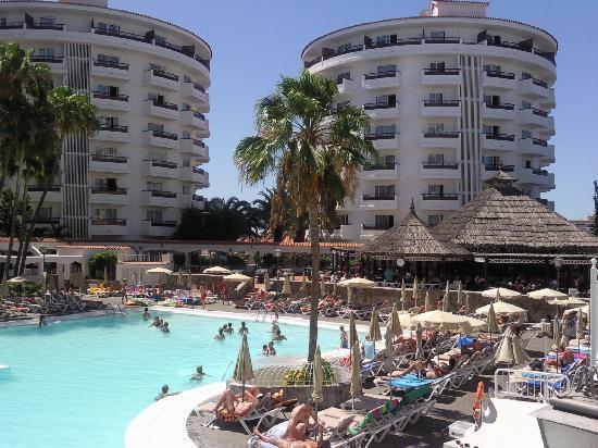 Hotel Servatur Waikiki: hotel waikiki  et sa belle piscine